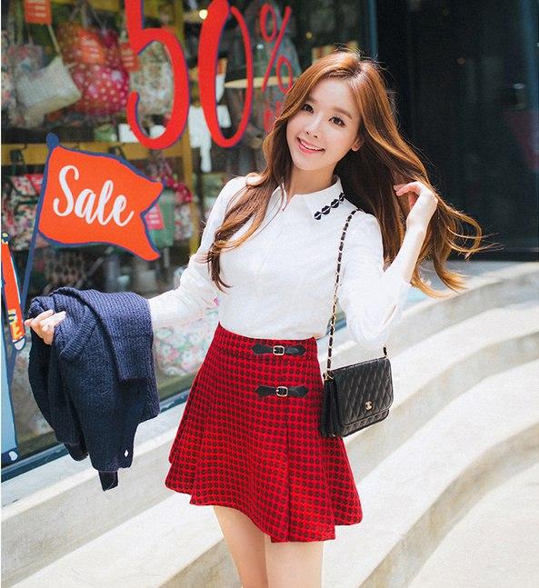 街拍韩国美女 知性时尚不失可爱